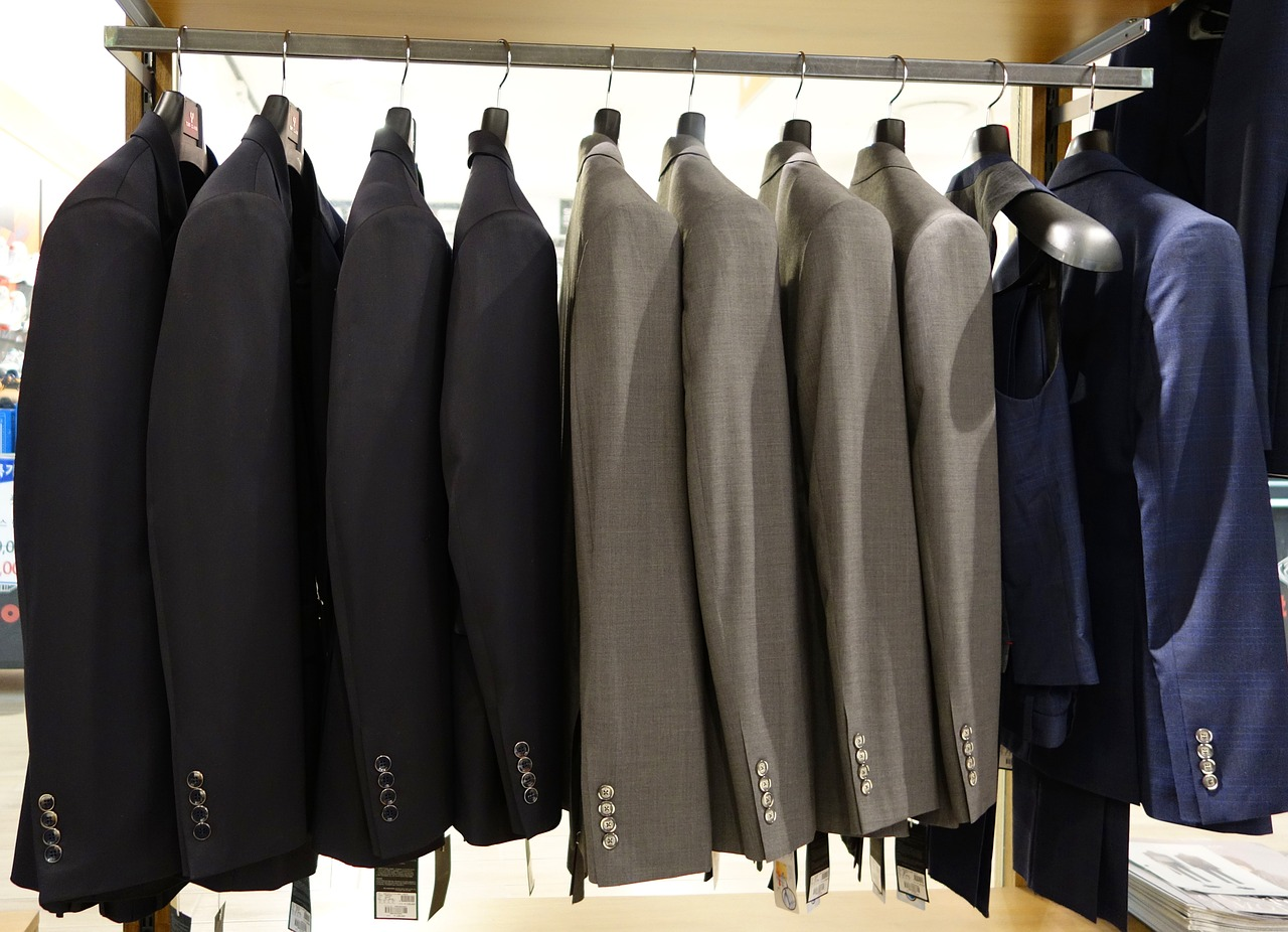 スーツおすすめの色